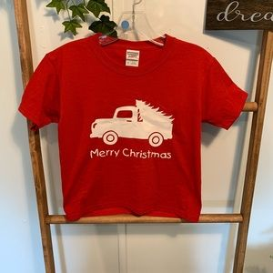 MERRY CHRISTMAS Jerzees youth Sz S T-shirt nwot